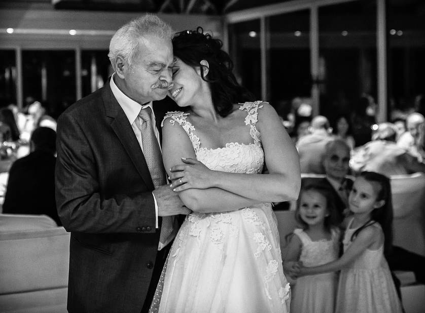 Wedding Photographer Greece i. Φωτογράφιση γάμου  Yannis_Larios_WeddingPhotoJournalistic_Awardedphoto_17