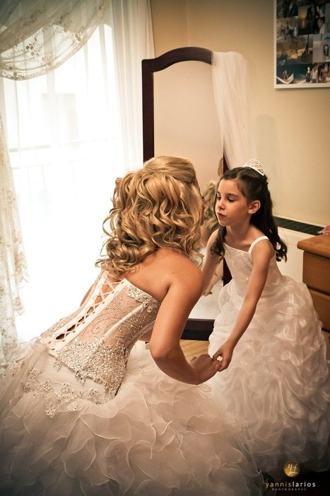 Wedding Photographer Greece i. Φωτογράφιση γάμου  19-Paranyfakia-me-nyfh-