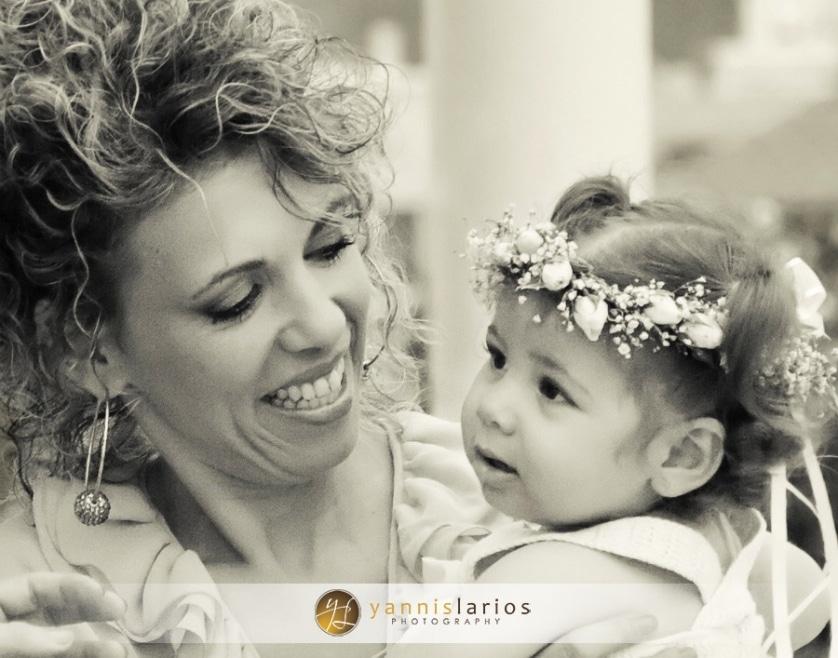 Wedding Photographer Greece ii. Φωτογράφιση Βάπτισης  Anna_christening_04_Yannis_Larios_Greek_Photographer