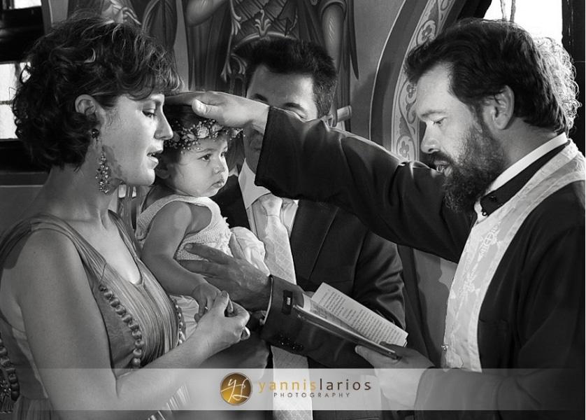 Wedding Photographer Greece ii. Φωτογράφιση Βάπτισης  Anna_christening_07_Yannis_Larios_Greek_Photographer
