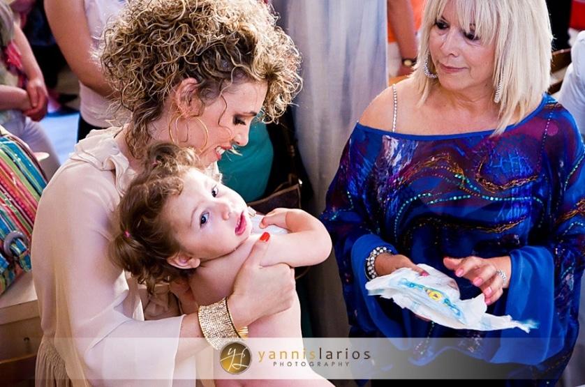 Wedding Photographer Greece ii. Φωτογράφιση Βάπτισης  Anna_christening_10_Yannis_Larios_Greek_Photographer