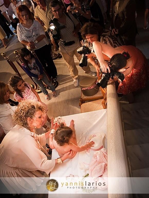 Wedding Photographer Greece ii. Φωτογράφιση Βάπτισης  Anna_christening_14_Yannis_Larios_Greek_Photographer