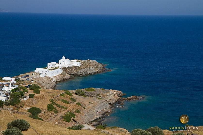 Wedding Photorgapher Greece IMG_5846-copy1 Η βάπτιση της Νίκης στην Χρυσοπηγή -Σίφνος