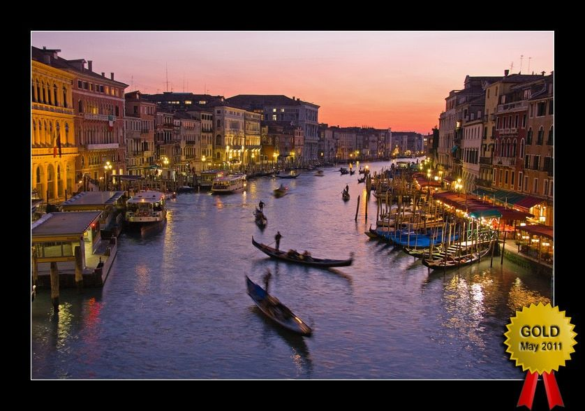 Wedding Photographer Greece  Gold_Venice-Rialto-Bridge-at-Dusk-Yannis-Larios-copy