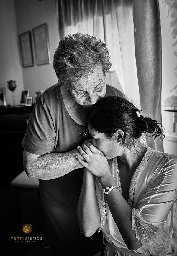 Yannis-Larios-Wedding-Photographer-Greece-PhotoJournalism-Award-SWPP