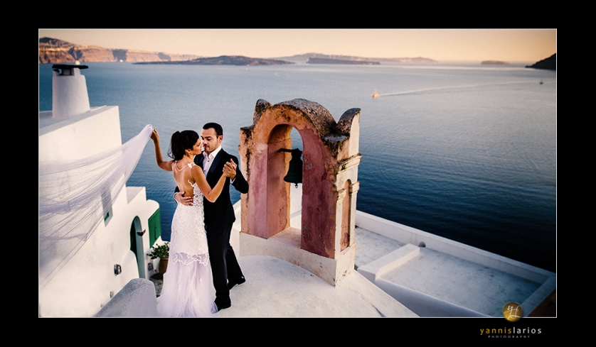 Wedding Photographer Greece i. Φωτογράφιση γάμου  tango-at-roof